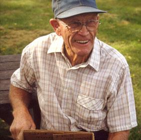 Elmer Swenson, 1913-2004