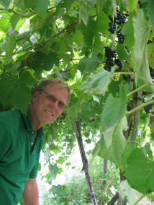 Hanging our in the vines with Dr. Paul Tabor in Iowa during 2012
