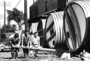 This photo of Council Bluffs winery workers was probably taken during the '20's.