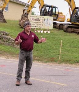 Phillipe  of Wollersheim Winery addresses