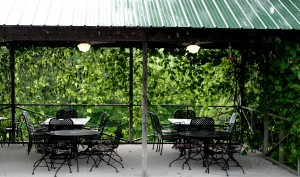 The convered patio at Hedman