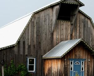 The Hedman Peach Barn